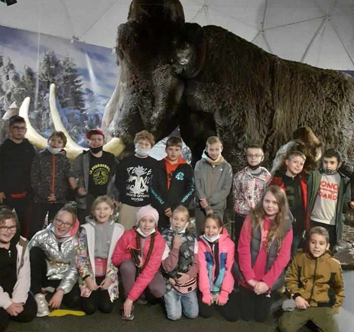 Wycieczka klasowa do Jaskini Raj i Energetycznego Centrum Nauki